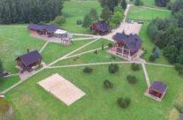 Sodybos, vilos, pirties, salės nuoma prie ežero netoli Molėtų
