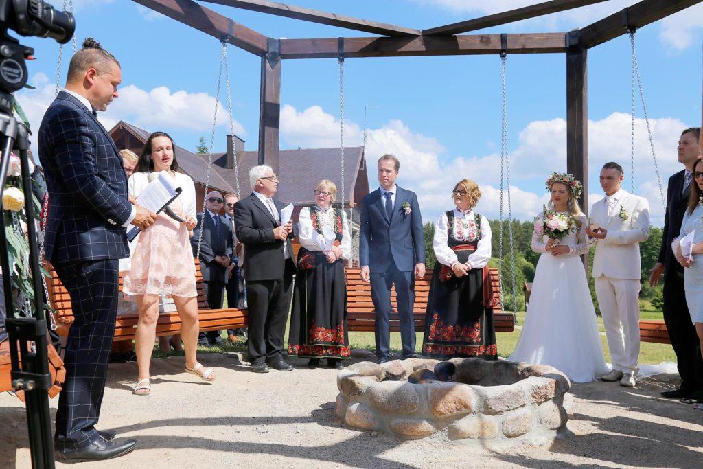 renginiu vedejas darius cepulis santuokos ceremonija sodyba Pas Sestoka