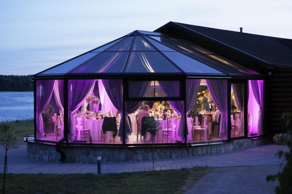 sales nuoma vestuvems sventems renginiams vila Pas Sestoka Moletu rajone prie ezero netoli Vilniaus Utenos