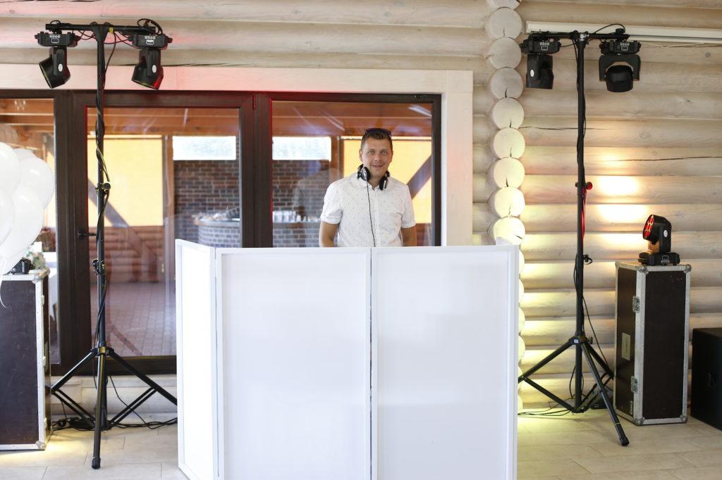DJ Edvardas dirba kartu su Darium