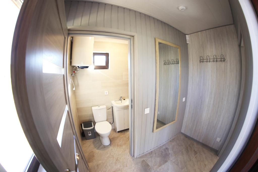 """Namas """"Upelis"""" 1 aukštas prieškambaris, dušas ir wc"""